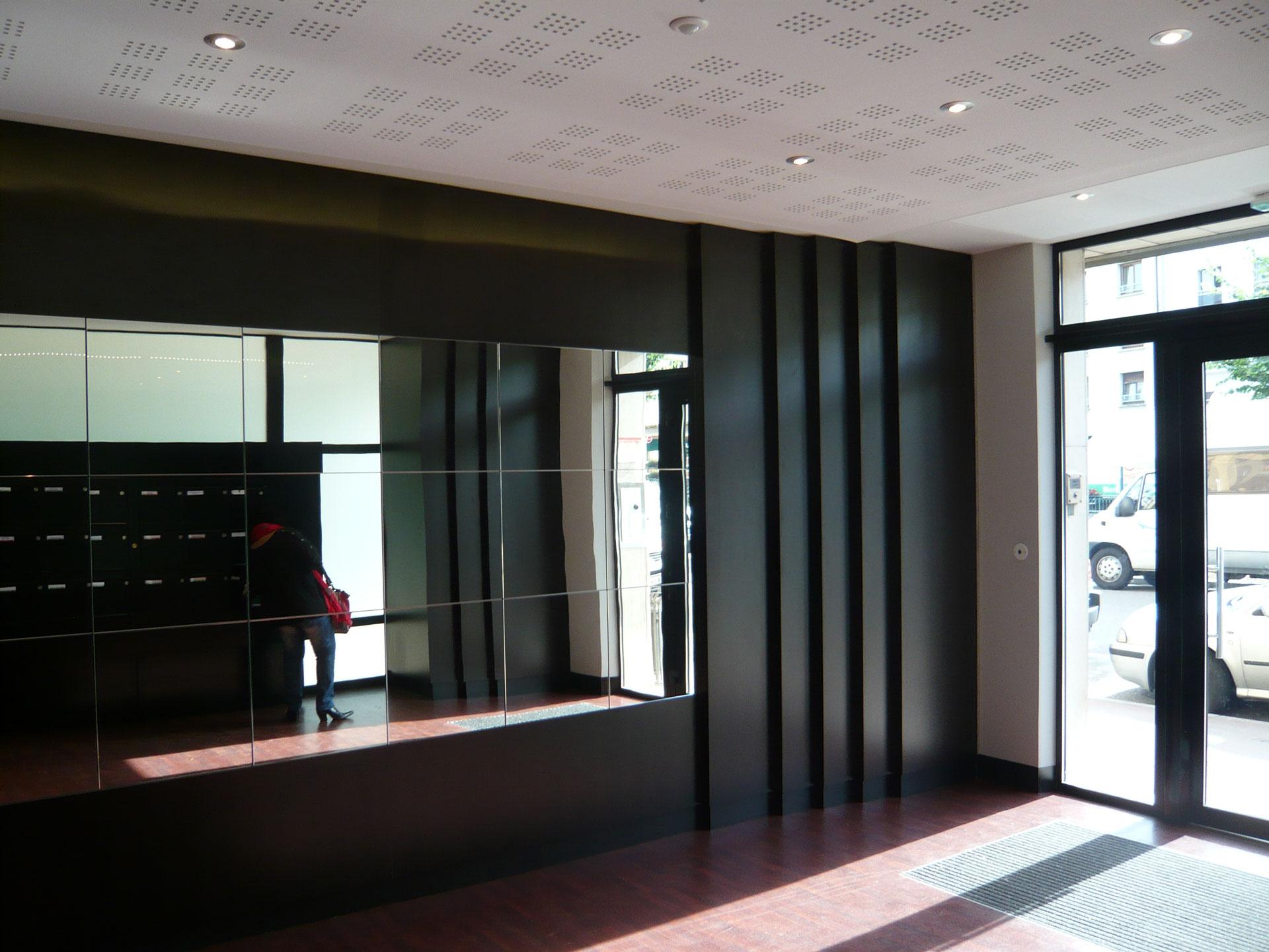 hall entr e 08 12. Black Bedroom Furniture Sets. Home Design Ideas
