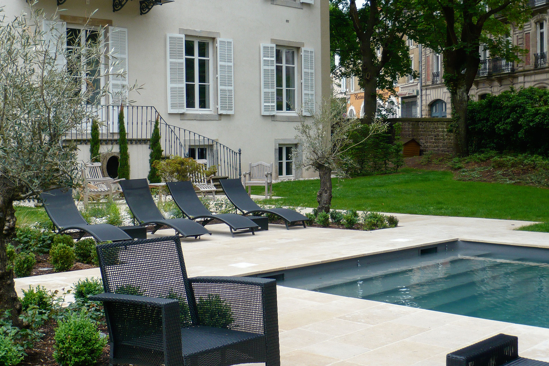 creation d un jardin 08 11. Black Bedroom Furniture Sets. Home Design Ideas